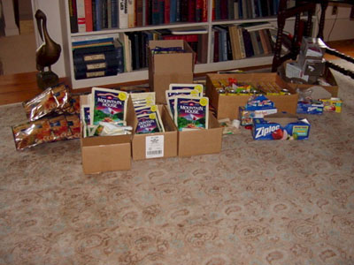 Freeze-dried food opn the floor in boxes